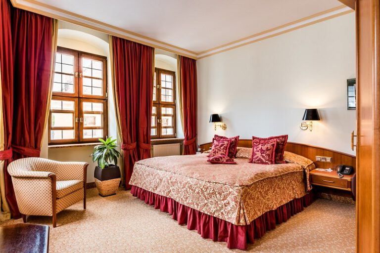 Buelow Residenz Komfort Zimmer Foto Thiel PR 768x512