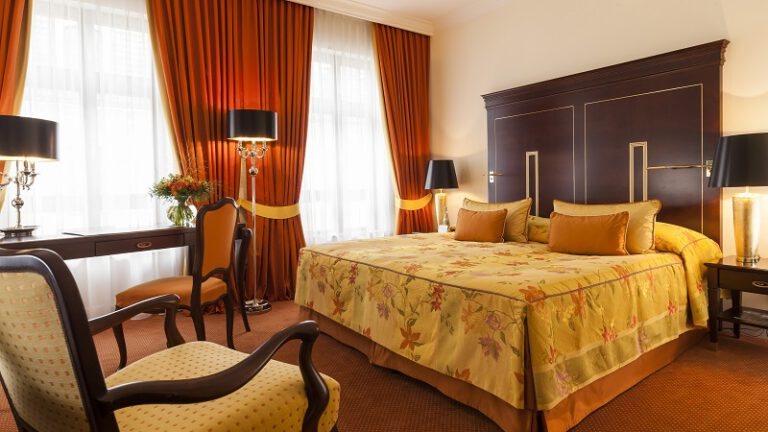 Doppelzimmer Komfort Hotel Bulow Palais Foto Klaus Lorke 768x432